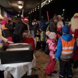 Joulukausi avattiin Lammilla tuulisissa tunnelmissa