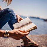 Lomalla kannattaa lukea