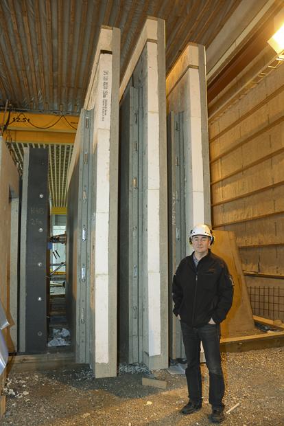 Suurimmat elemntit painavat 13 tonnia. Kuva: Susanna Mattila