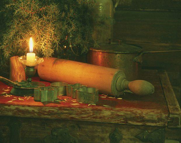 Halpparin talossa voi tunnelmoida entisajan joulua. Kuva: Markku Wiik