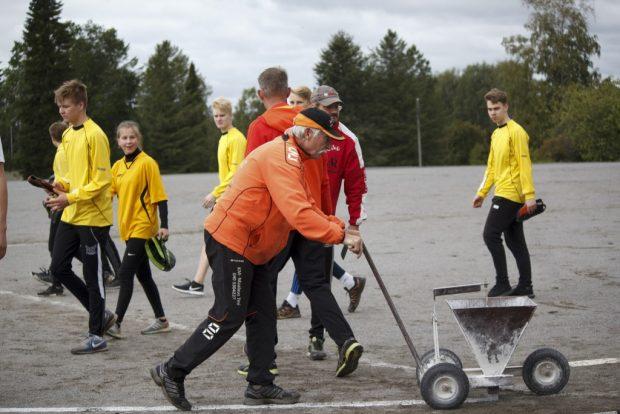 Esko Lahti piirtää rajat Lujan peleihin.
