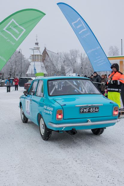 Jari Valtaala, AlavUA ja Pekka Penttilä, AlavUA, Toyota Corolla.