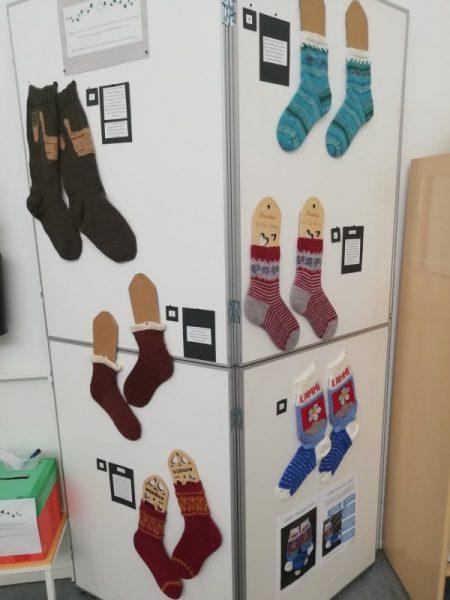 Villasukkakilpailun sukat.